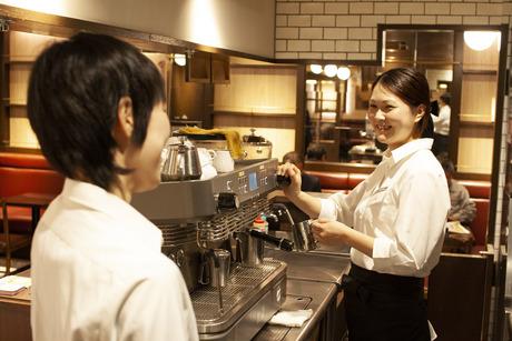 ≪シフトは融通利かせます≫ホテルロビーのような素敵なカフェで働きませんか?